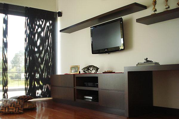 Closets de madera closets modernos bogot closets madera for Muebles de estudio modernos